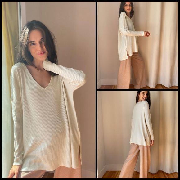 SOLD Babaton The Group Dali thermal top size L